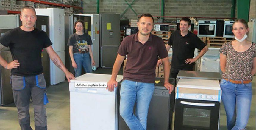 Photo de l'équipe Planet Repair prise par le journal Ouest France